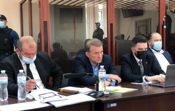 Украинский политический покер: почему Виктора Медведчука задержали, но не посадили?