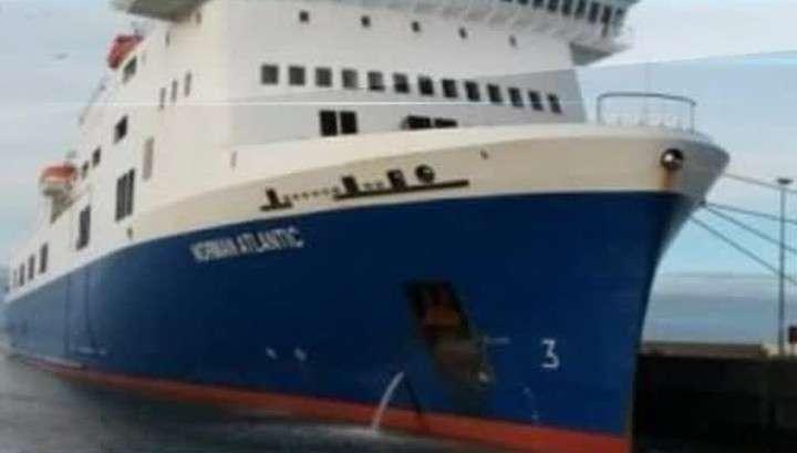 Раскалённая палуба расплавила подмётки обуви пассажиров итальянского парома