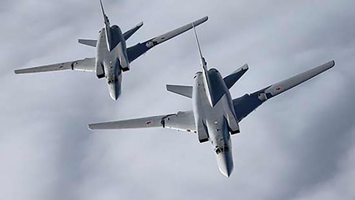 Три ракетоносца Ту-22МЗ впервые прилетели на базу Хмеймим с Сирии