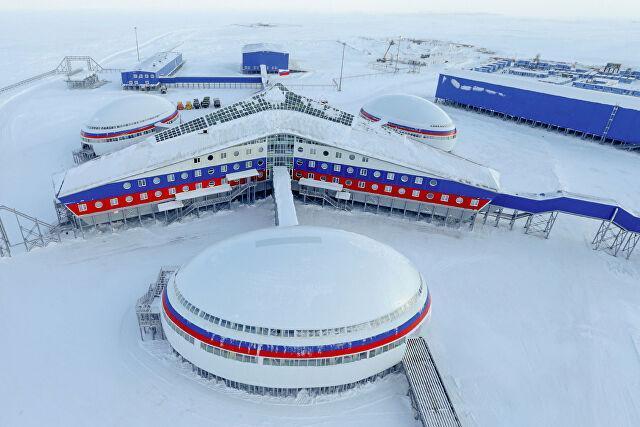 «Они уже у границ»: зачем Россия перебрасывает в Арктику бомбардировщики