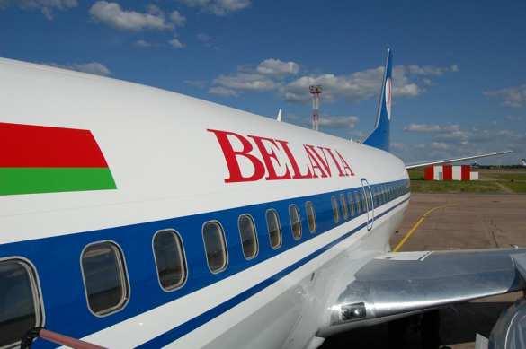 Украина закрывает небо для белорусских самолётов | Русская весна
