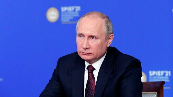 Путин: США уверенно идут по пути Советского Союза к развалу