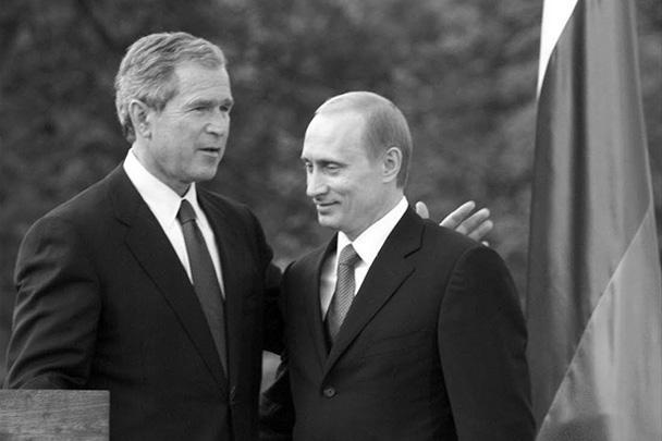 16 июня 2001 года в словенской Любляне Владимир Путин впервые встретился с Джорджем Бушем. Саммит состоялся спустя несколько месяцев после дипломатического скандала, вызванного обвинениями в шпионаже в адрес России. В общей сложности Путин и Буш встречались 28 раз