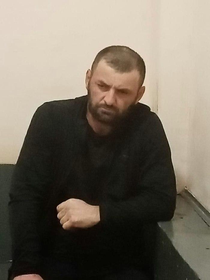 Петербург. Пьяные кавказцы избили 16-летнего русского паренька