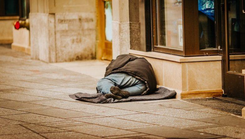 Бездомная молодежь в Нью-Йорке будет получать $1250 в месяц