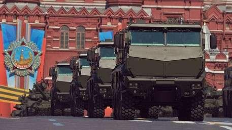 Колёса для армии: «Тайфун» выдерживает танковый обстрел