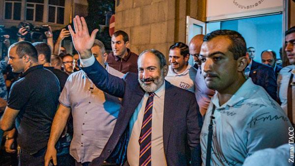Армяне вернули власть ставленнику Сороса Пашиняну