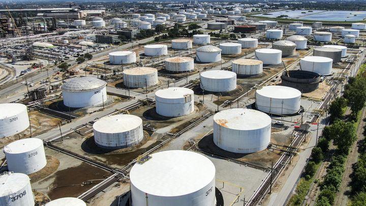 Воришки из США украли в Сирии нефть и пшеницу