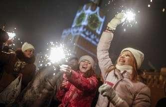 В Нью-Йорке с площади Таймс-сквер после встречи Нового года вывезли более 50 тонн мусора