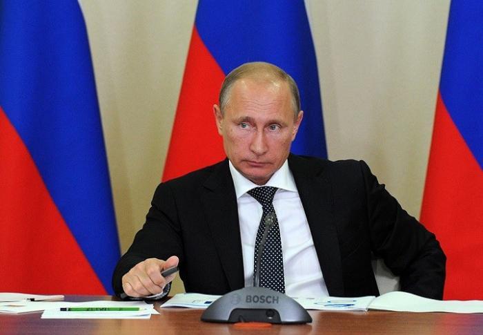 Владимир Путин уволил нескольких представителей силовых структур