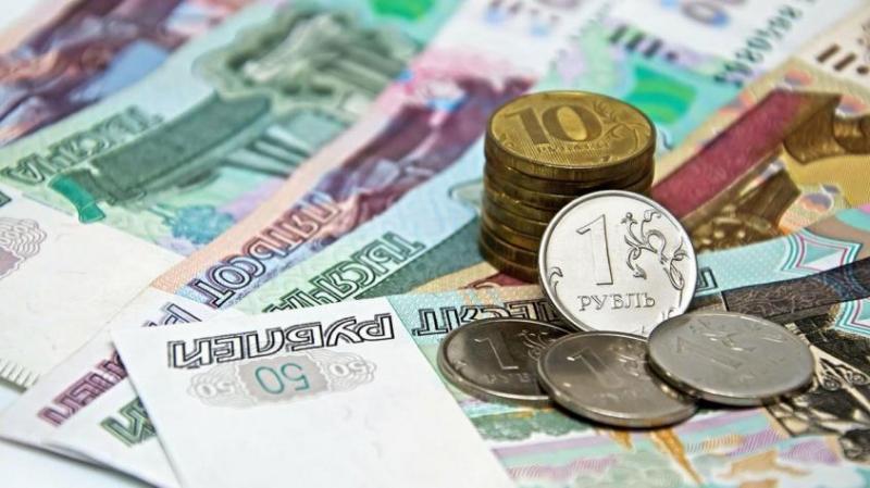 Замминистра труда дала пояснение о выплате в 250 тысяч рублей