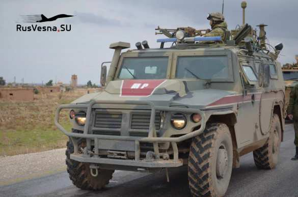 Армия России вмешалась в конфликт между проамериканскими и турецкими боевиками в Сирии   Русская весна