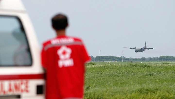 Семьи жертв крушения AirAsia получат по 24 тысячи долларов компенсации