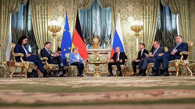 Ротшильды: что будет с Меркель после визита к Путину
