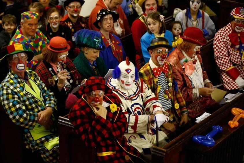 Зеленский и годовщина незалежности. Почему клоуны стали злыми?
