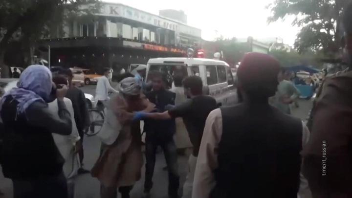 В результате взрыва в Кабуле погибли морпехи США