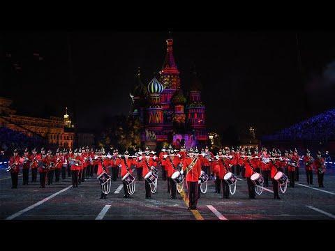 В Москве открылся международный фестиваль военных оркестров «Спасская башня»
