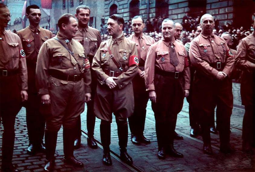 Сионизм и фашизм − братья-близнецы: одна идеология, общие цели и задачи