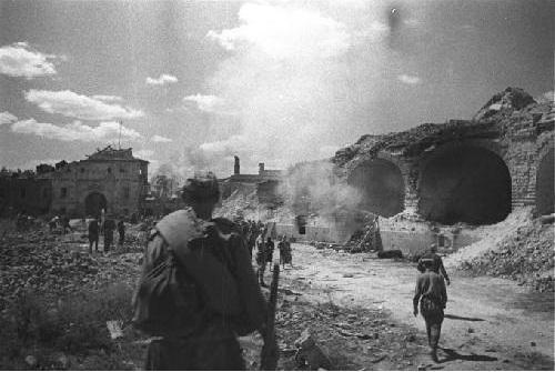 Сколько дней Красная Армия выбивала фашистов из Брестской крепости