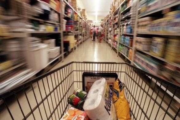 Литовские магазины метят российские товары наклейками с колорадским жуком. 308359.jpeg