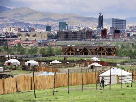Поголовно привитая Pfizer и AstraZeneca Монголия повторила израильский взрыв коронавируса