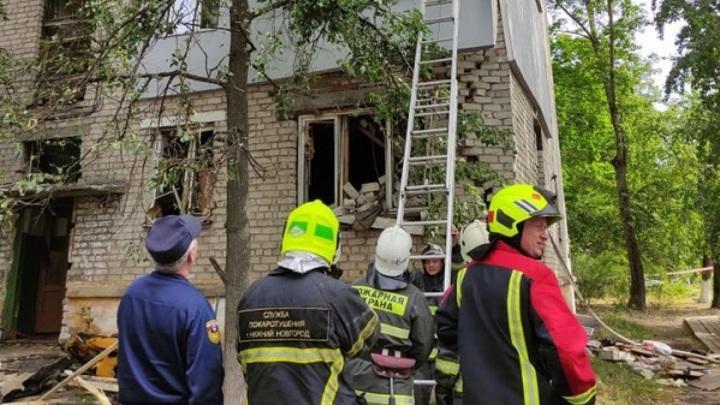 Взрыв газа в городе Ельце Липецкой области: полностью разрушен один подъезд дома