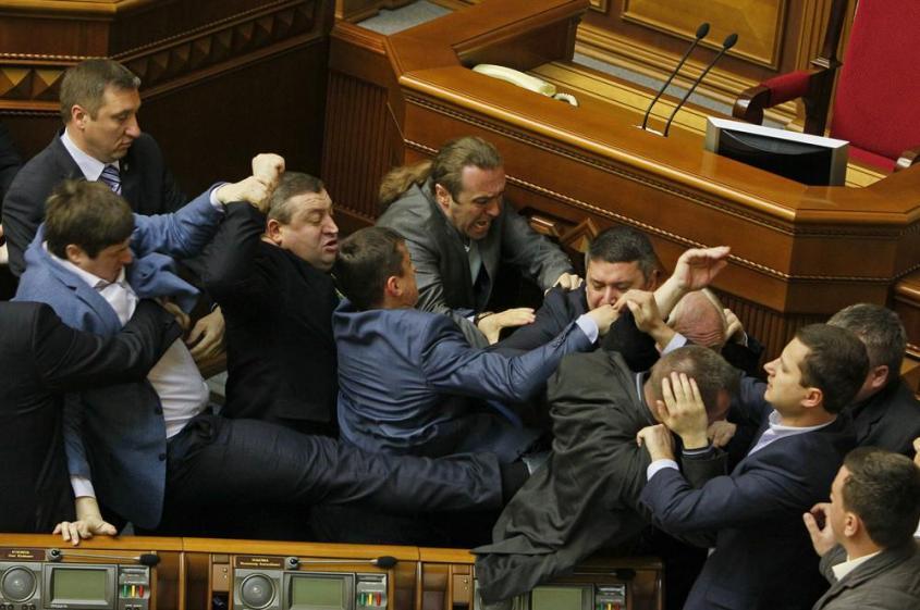 Украинские псевдопартии как инструмент разрушения Украины