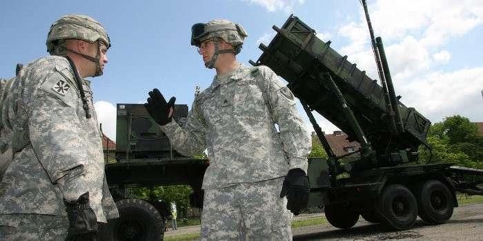Из-за военной базы США поляки лишаются инвестиций