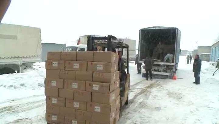 КамАЗы с гумпомощью прибыли в Донецк и Луганск