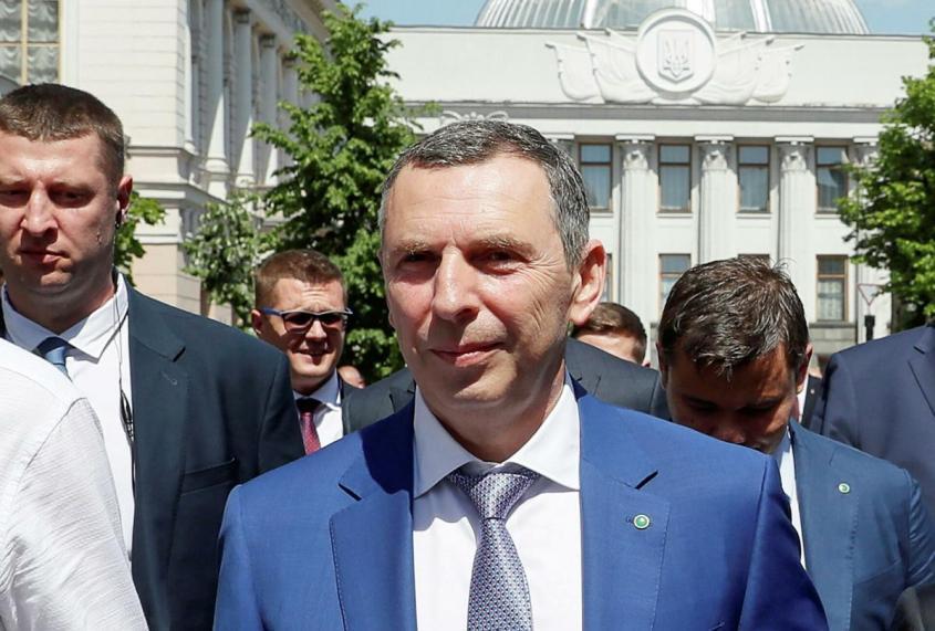 Покушение на Сергея Шефира: Зеленский остался без автора текстов