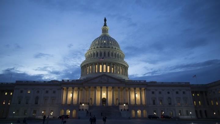 Конгресс США принял оборонный бюджет с новыми санкциями против России