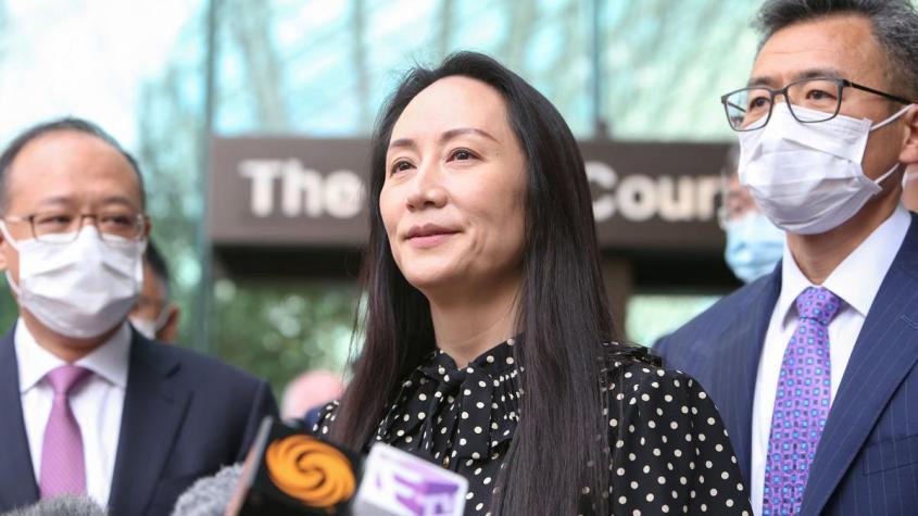 Китай добился: Канада освободила финансового директора Huawei Мэн Ваньчжоу