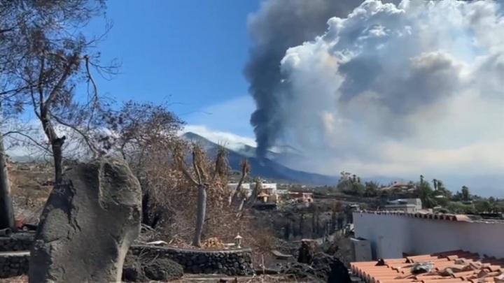 Извержение вулкана на Канарах: остров Пальма превращается в зону отчуждения