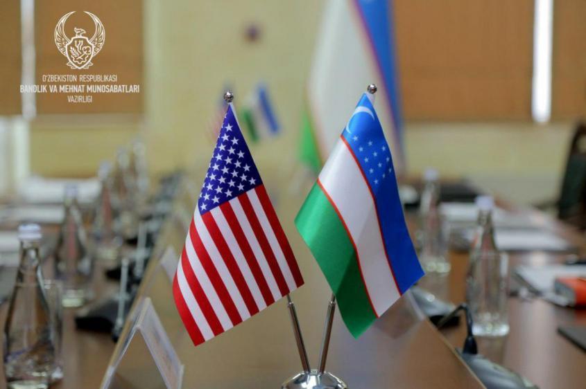 Узбекистан отказался от переговоров с США по военным базам