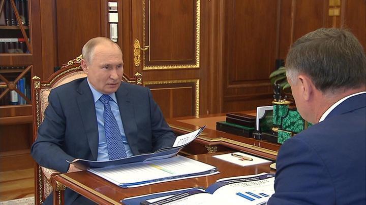 Путин: Россия не может терять в ДТП столько же людей, как во время войны
