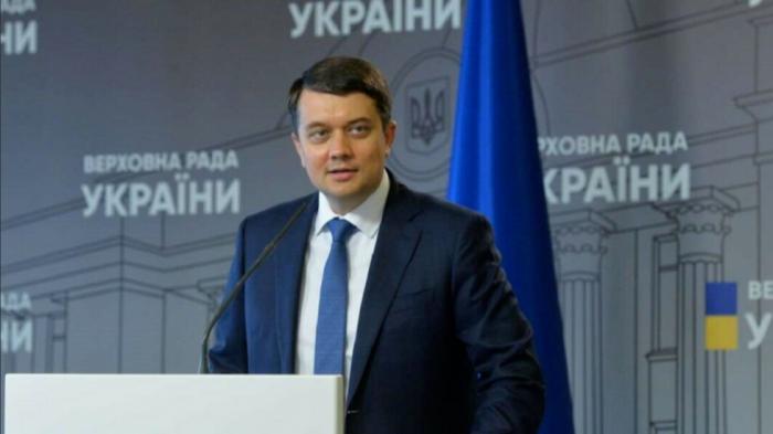 «Черная метка» Зеленскому вынесена: станет ли Разумков следующим президентом Украины?