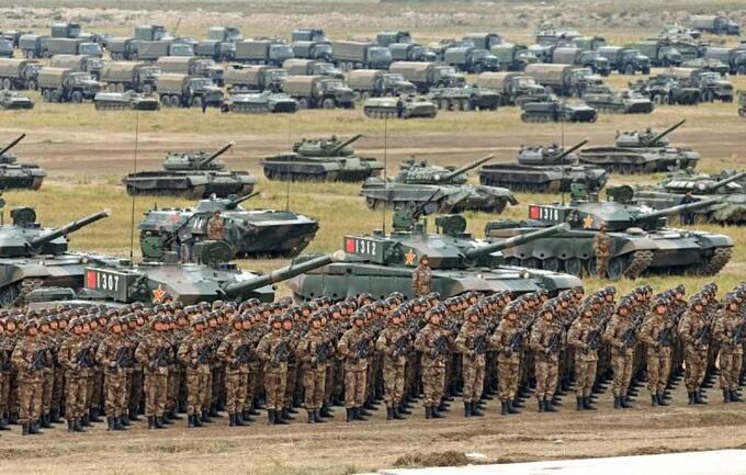 Почему России и Китаю срочно нужно создавать военный блок