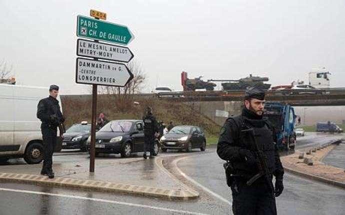 Теракт в Париже - очередная кровавая постановка?