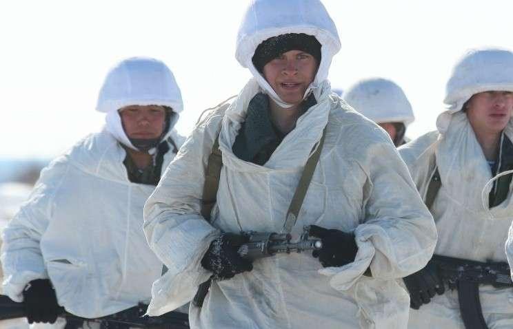 Десантники испытают на Северном полюсе новую форму для аномально низких температур