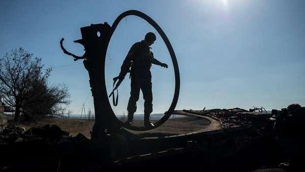 Боец ополчения в Донбассе, архивное фото