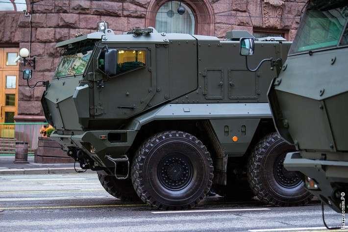 Войска на юге России получили ещё 20 бронемашин «Тайфун»