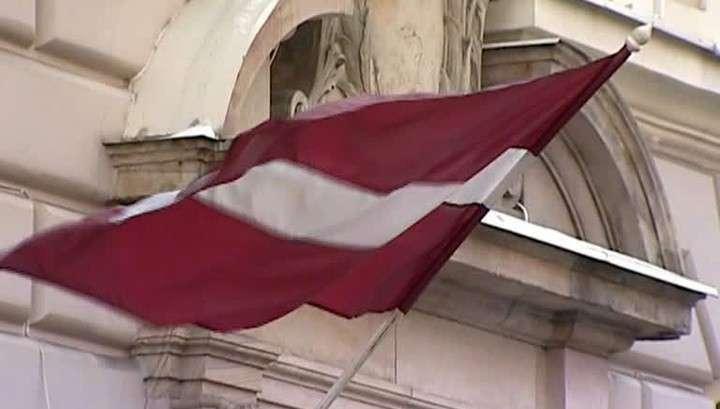 В Латвии запретили прилюдно говорить по-русски