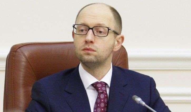 Яценюк отказался выйти к митингующим у здания правительства Украины шахтерам