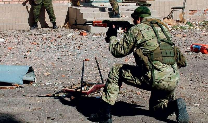 От ополчения к армии: различия летней и зимней кампаний на  Донбассе (!)