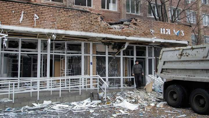 Украинские каратели снова обстреляли жилые кварталы Донецка