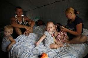 Украинский парадокс: Россия - агрессор, от  которого украинцы спасаются в России