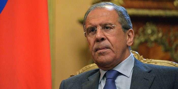 Лавров: Яценюк лжет о причинах введения въезда по загранпаспортам