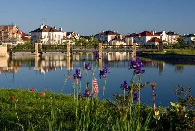 Доля строительства малоэтажного жилья достигла почти 55%