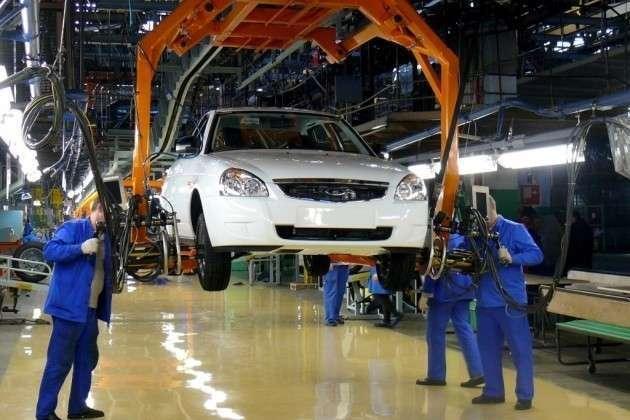 АВТОВАЗ в марте увеличил производство на 12,3%