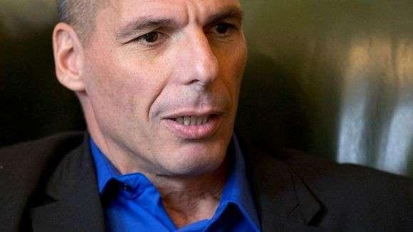ЕС угрожает Греции банкротством, Греция в ответ - клоуны, так мы УЖЕ банкроты